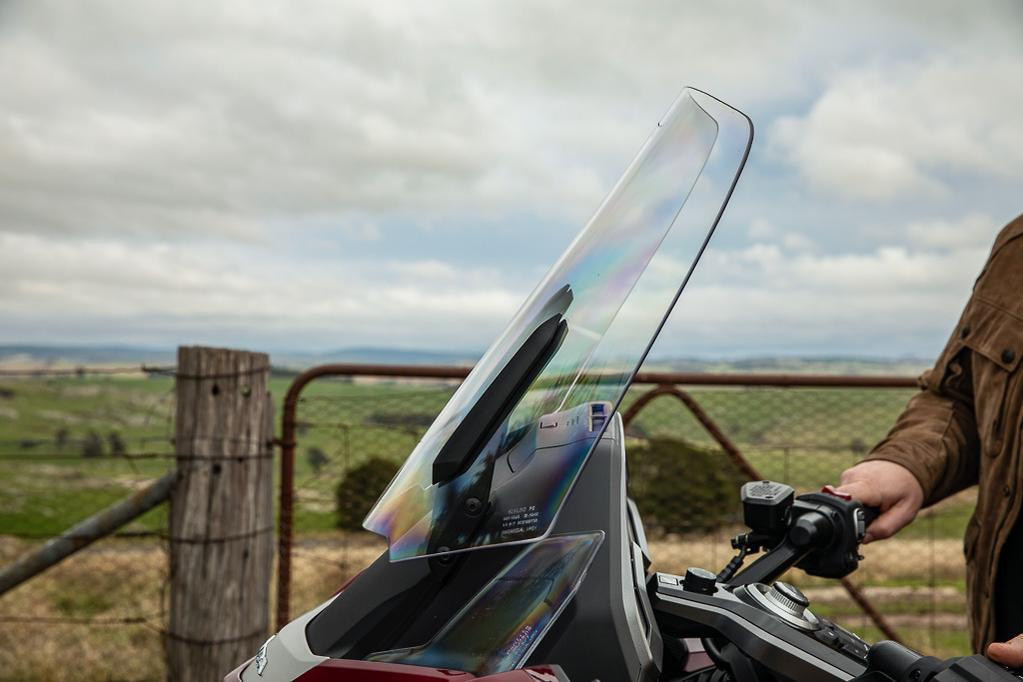 2018 Honda Goldwing Tour Premium review - www bikesales com au