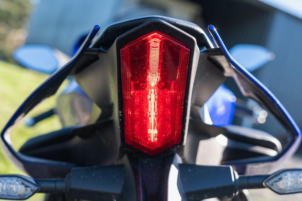 2019 Yamaha Yzf R1 Review Www Bikesales Com Au