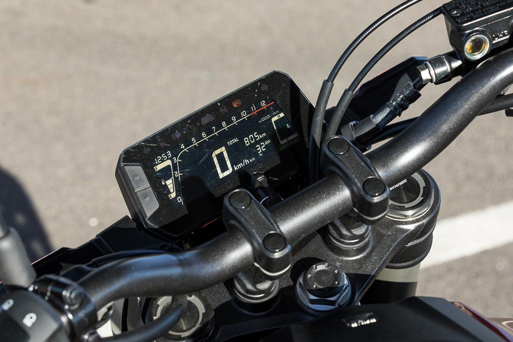 2019 Honda CB300R review - www bikesales com au