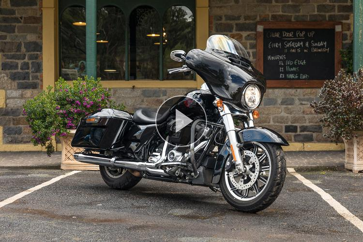 2020 Harley-Davidson Electra Glide Standard: video review