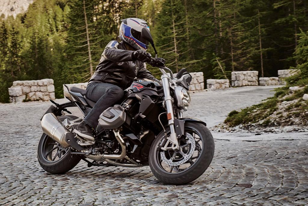 2018 Eicma Bmw R 1250 Rs R 1250 Gs Adventure And F 850 Gs