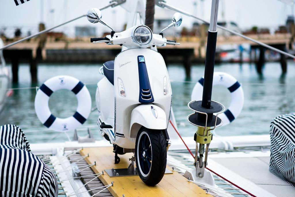 Vespa Primavera Yacht Club 150 I Get Www Bikesales Com Au