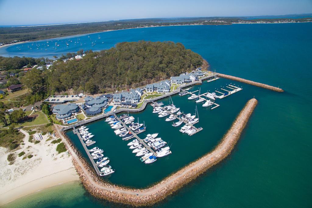 big boat berths at the anchorage marina in port stephens. Black Bedroom Furniture Sets. Home Design Ideas