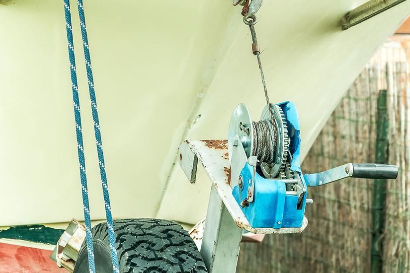 Manual boat trailer winches: the basics - www boatsales com au