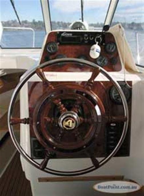 Arvor 25 - www boatsales com au