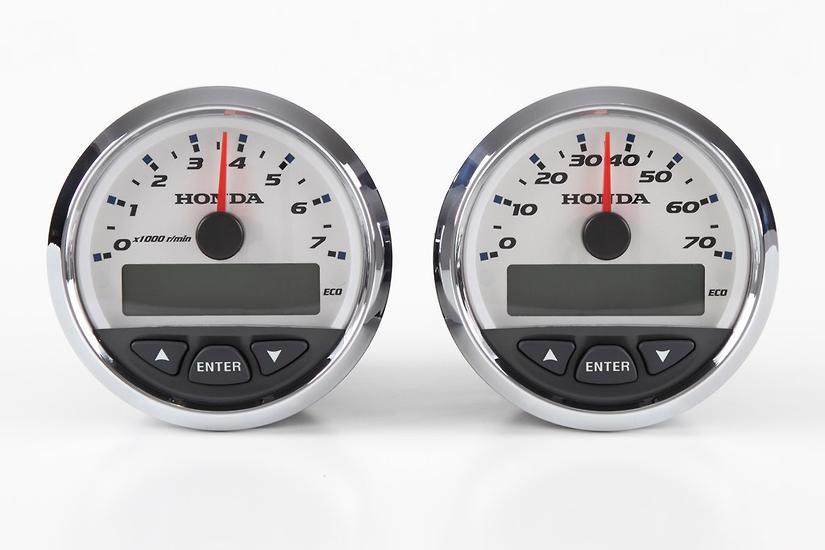Honda's new 'smart' gauges - www boatsales com au