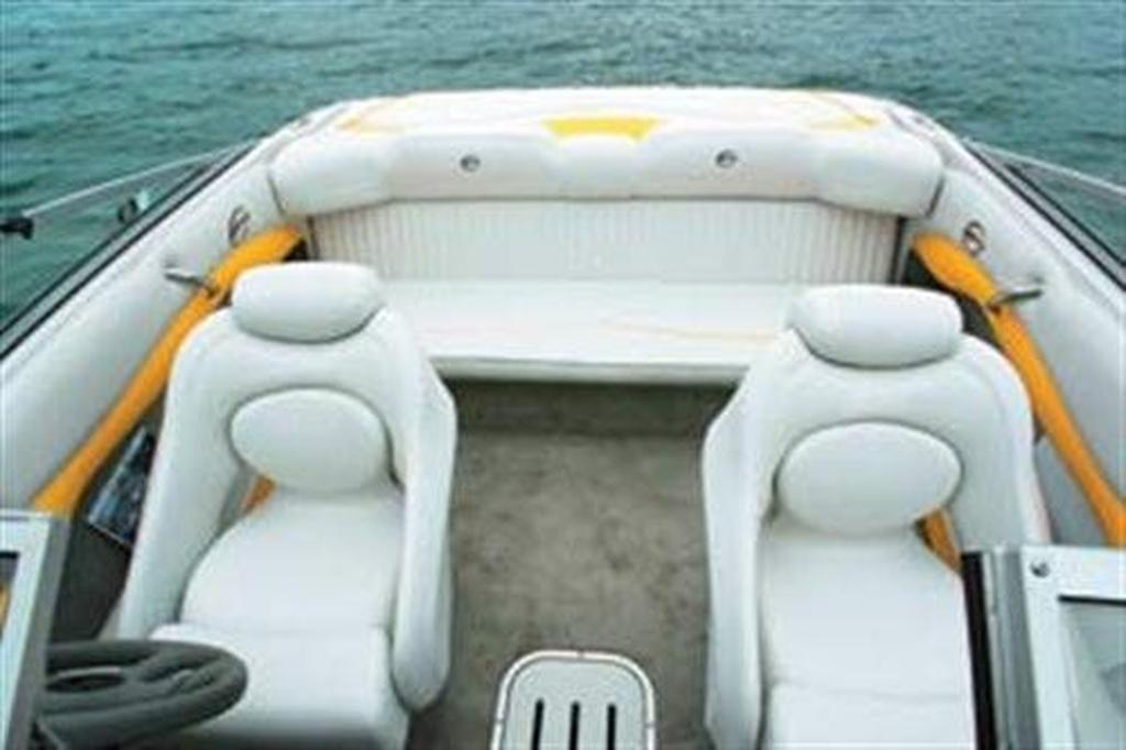 Crownline Boat Fuse Box : Crownline br boatsales