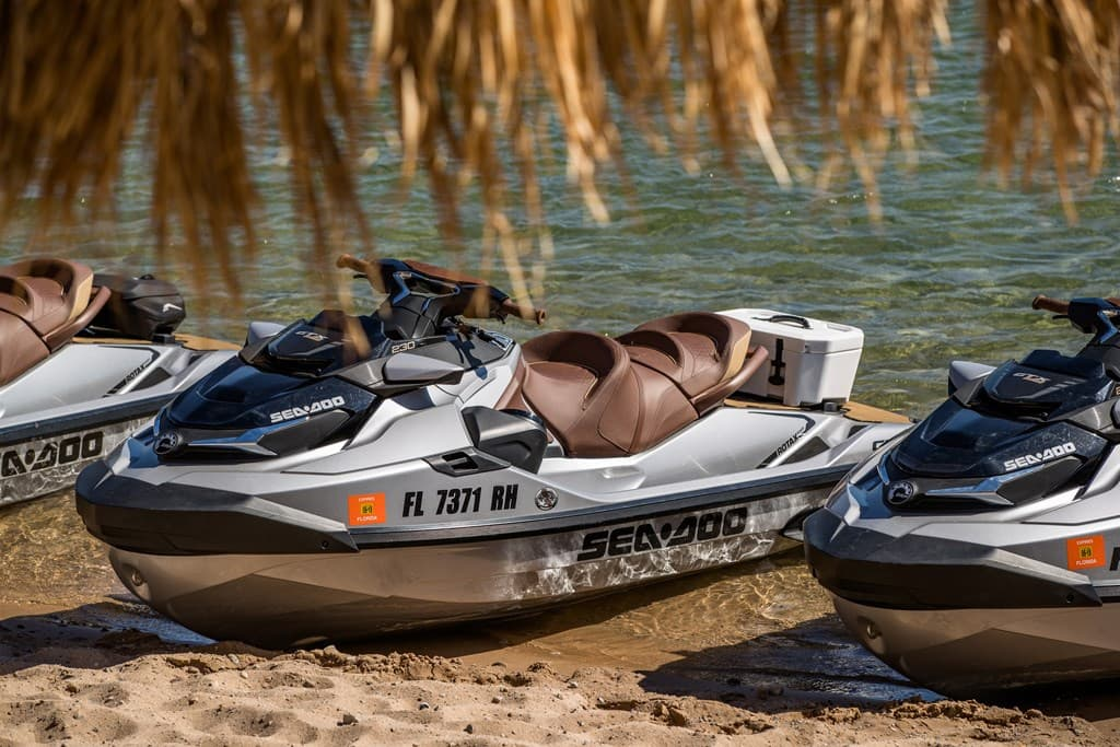 2018 Sea-Doo GTX 230/300 Limited: Watercraft Reviews - www