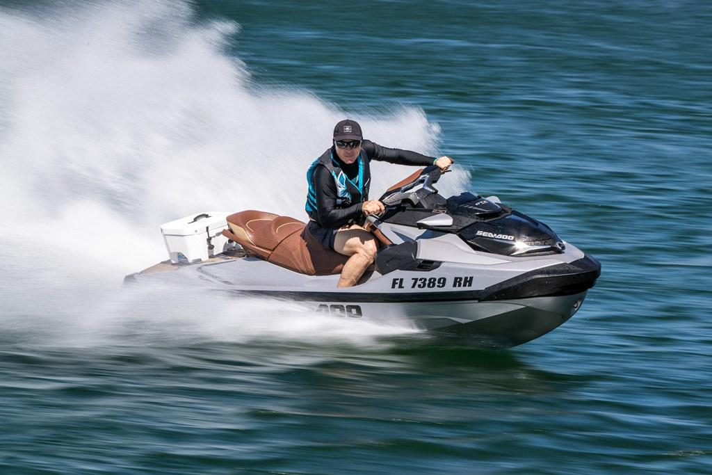 2018 Sea-Doo GTX 230/300 Limited: Watercraft Reviews - www