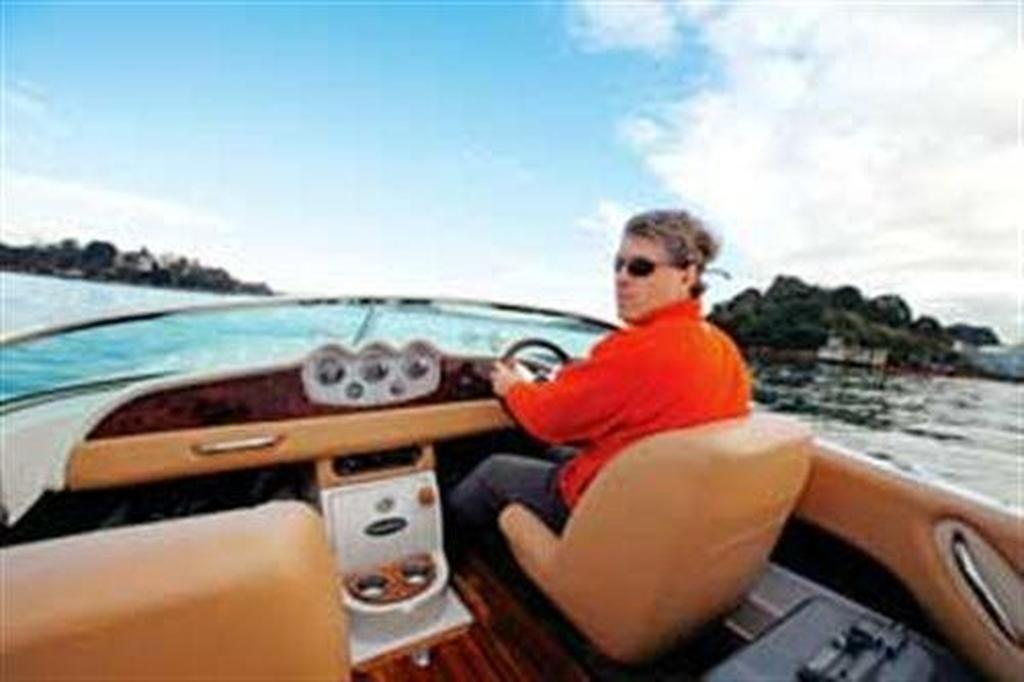 Chris Craft Woody Speedster - www boatsales com au