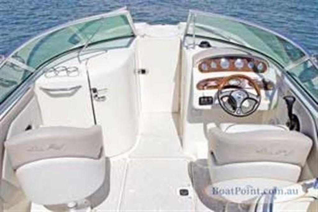 Sea Ray 270 Sundeck - www boatsales com au