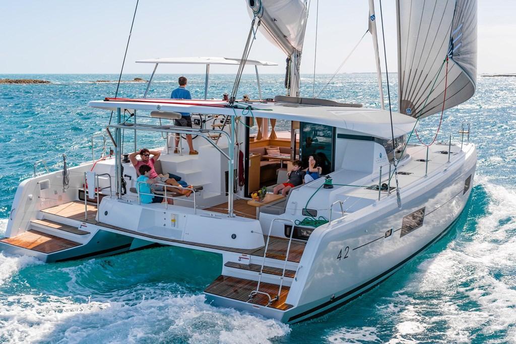 The top 10 catamaran makes and new models - www boatsales com au
