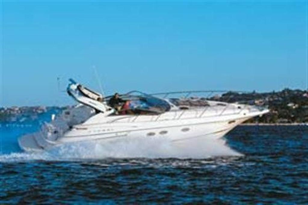 Regal 4260 Commodore Express - www boatsales com au