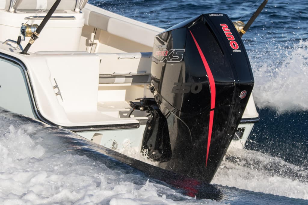 Mercury adds V8s to new outboard line-up - www boatsales com au