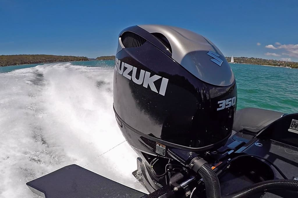 5 things we love about the biggest ever 350hp Suzuki