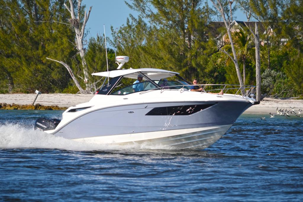 Sea Ray Sundancer 320 Outboard: Spotlight - www boatsales com au