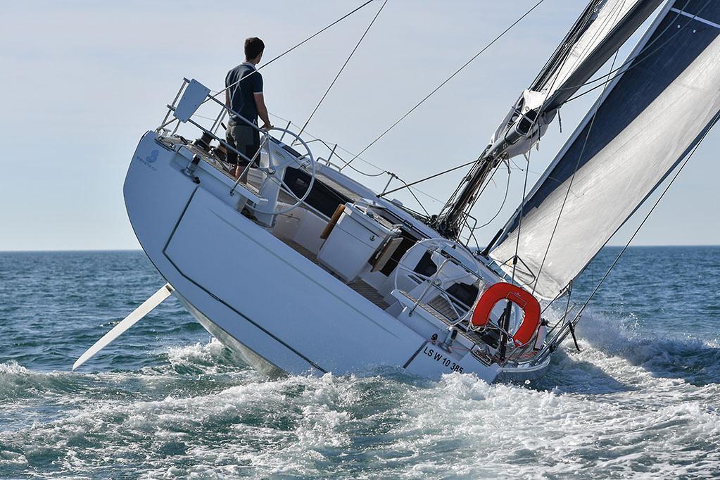 2018 Beneteau Oceanis 46 1 review - www boatsales com au