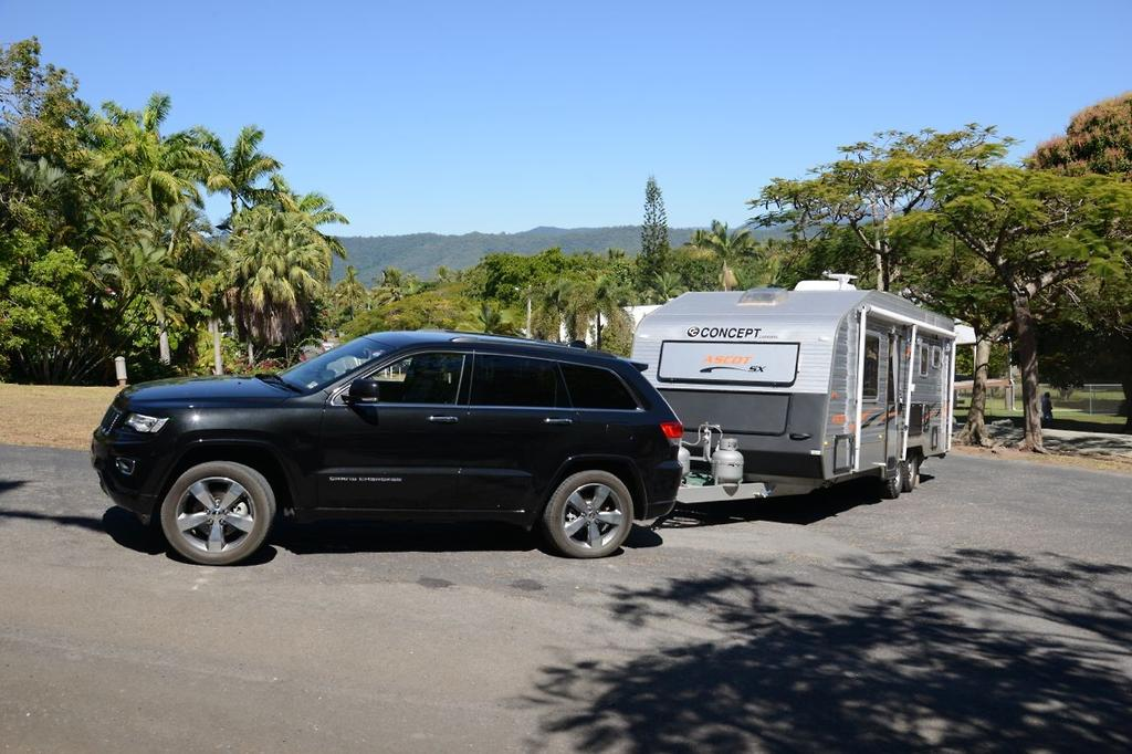 tow test 2014 jeep grand cherokee overland crd www. Black Bedroom Furniture Sets. Home Design Ideas