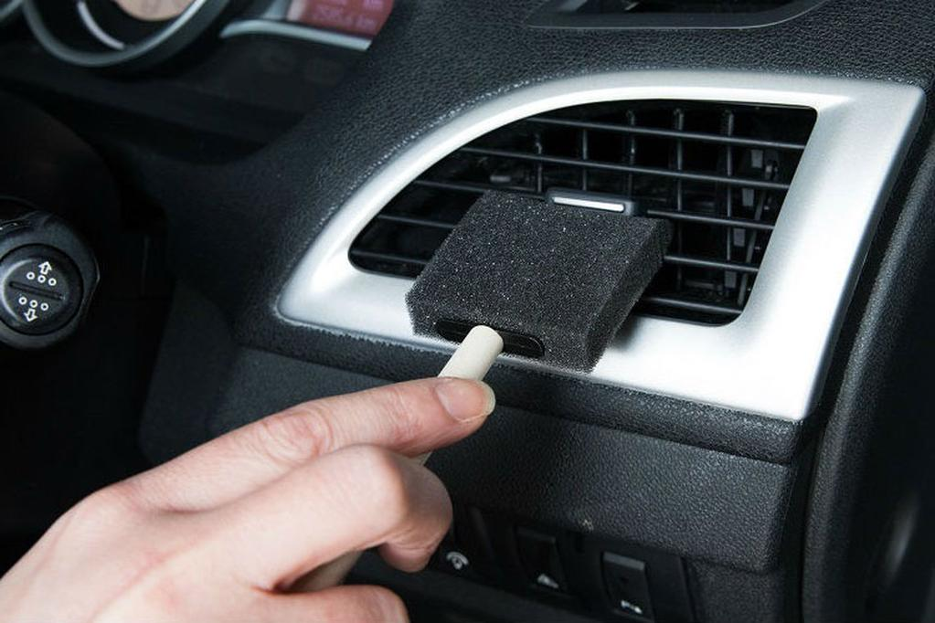 8 easy hacks to spring clean your car - www carsales com au