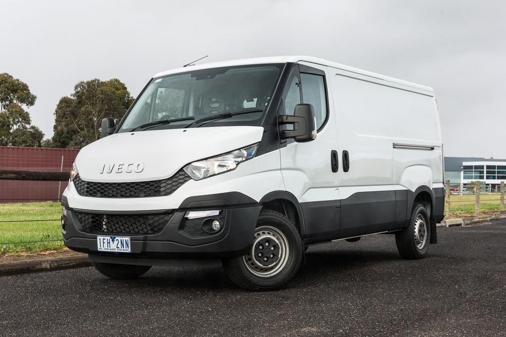 a725fd9712 Iveco Daily 2016 Review - www.carsales.com.au