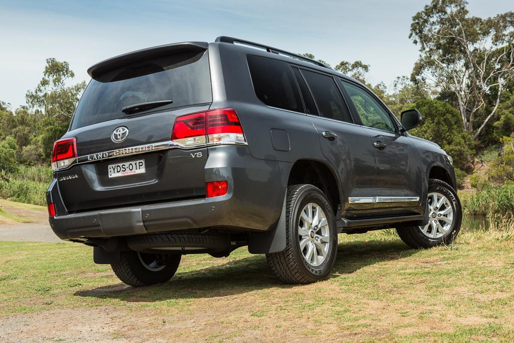 Toyota LandCruiser 2016 Review - www carsales com au