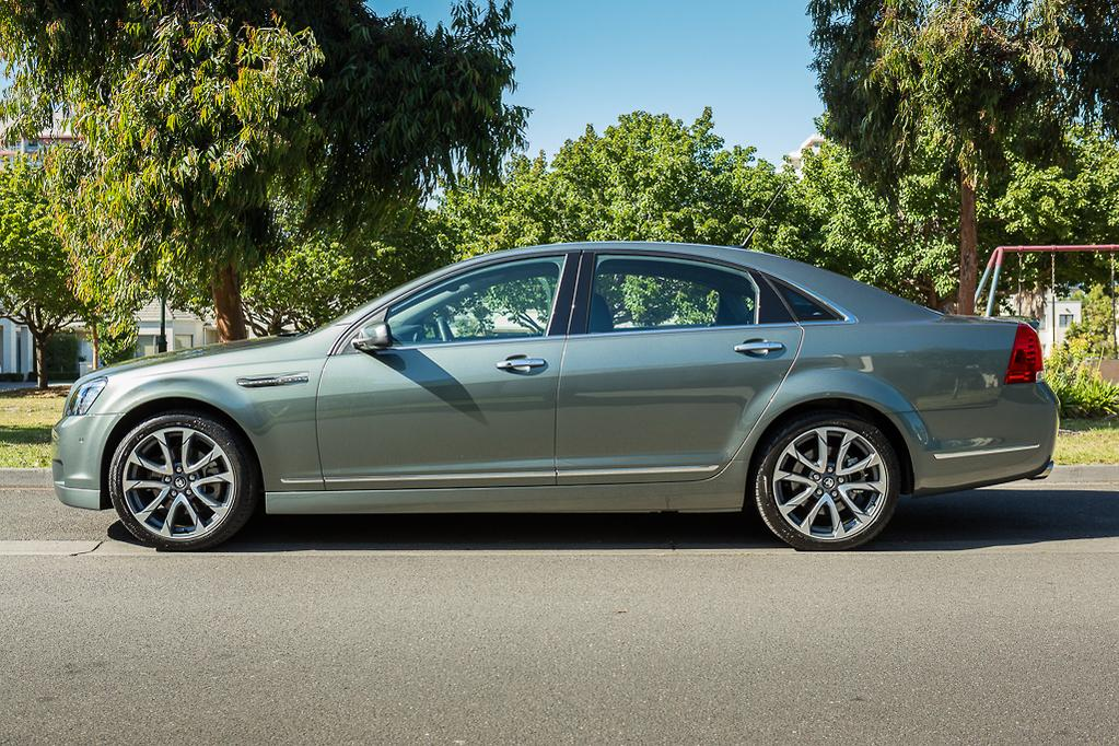 Holden Caprice 2016 Review - www carsales com au