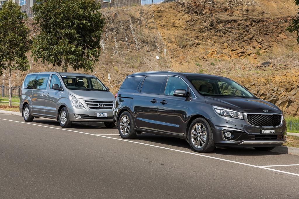 Hyundai iMax v Kia Carnival 2016 Comparison - www carsales