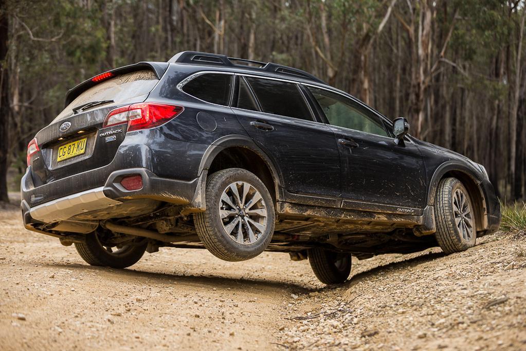 Subaru Outback v Volkswagen Passat Alltrack 2016 Comparison
