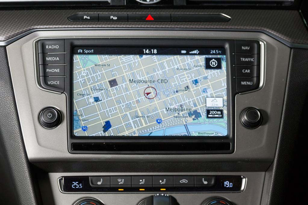 Infotainment Review: Volkswagen Discover Pro - www carsales