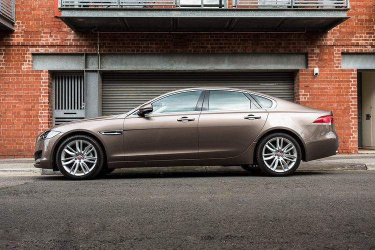 But Be That As It May, The Overall Look Of The Car Was Polished And Refined  For Those Who Like The Jaguar, Without Necessarily Wanting To Stand Out  From The ...