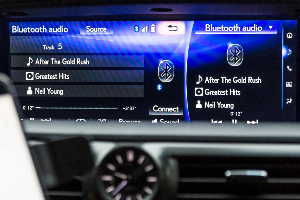 Why my car is not compatible with my phone - www carsales com au