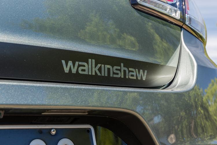 Walkinshaw Performance W407 2016 Review - www carsales com au