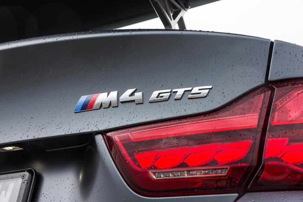 Bmw M4 Gts V M3 Csl 2017 Comparison Www Carsales Com Au