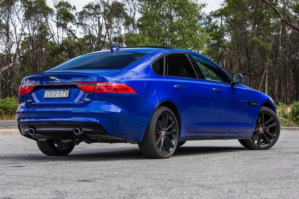 Jaguar XF 2017 Review - www carsales com au