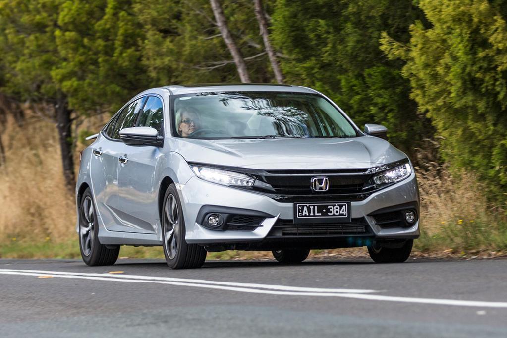 Honda Civic Rs V Hyundai Elantra Sr Turbo 2017 Comparison Www