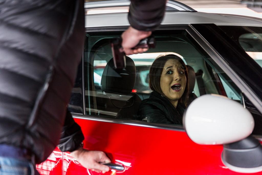 How To Prevent A Carjacking Www Carsales Com Au