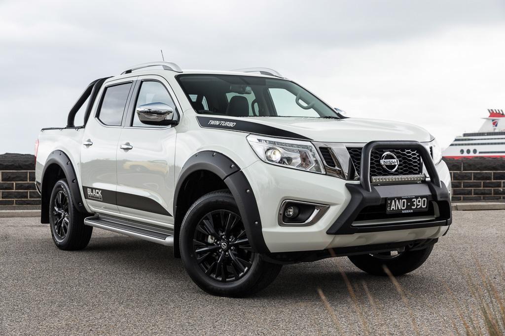 Nissan Navara N-SPORT Black Edition 2017 Review - www