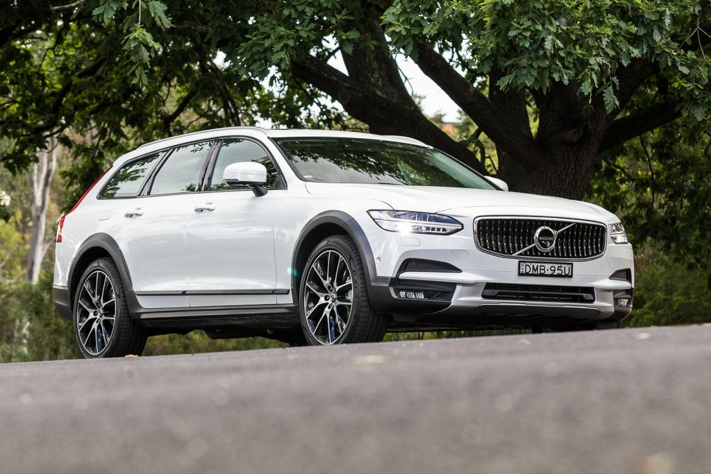 volvo v90 cross country 2017 review - www.carsales.au