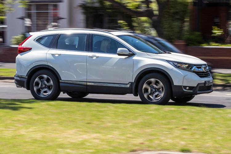 The CR V Essentially Looks Like Any Other Nondescript SUV, With An  Over Crowded Front And A Bulky Rear. Inside, Nothing Is Too Precious.