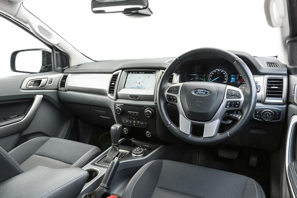 Ford Everest 2018 Review - www carsales com au