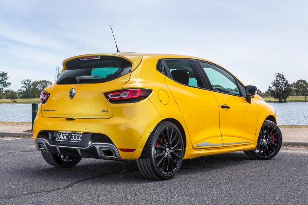 renault clio rs 2018 review. Black Bedroom Furniture Sets. Home Design Ideas