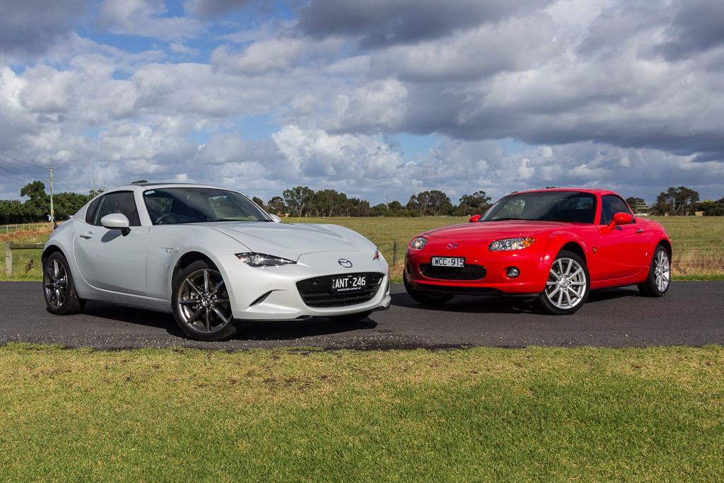 Mazda Mx 5 Hardtop Old New Review