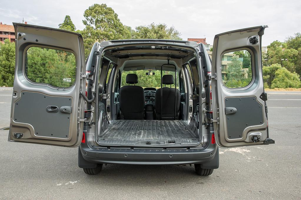 14e51f5f99873e The Kangoo Maxi gets the bigger 1.5-litre turbo-diesel