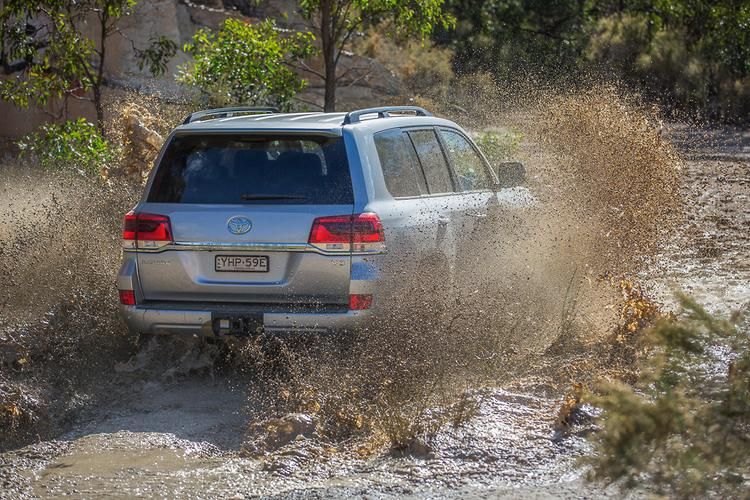 Toyota LandCruiser 200 Series 2018 Review - www carsales com au