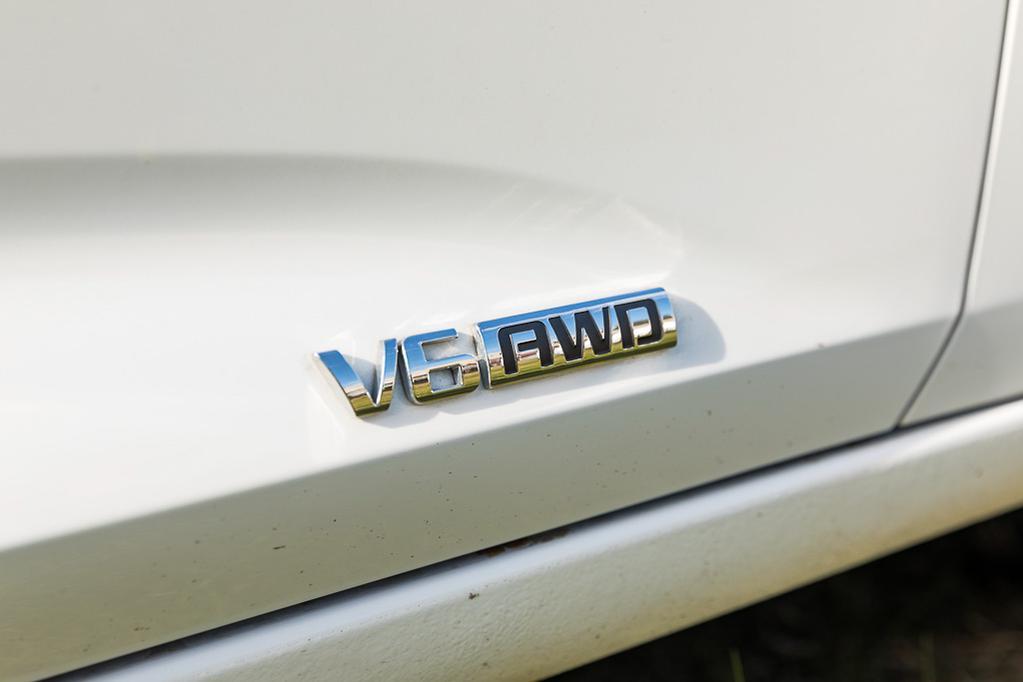 Holden Calais V 2018 Review - www carsales com au