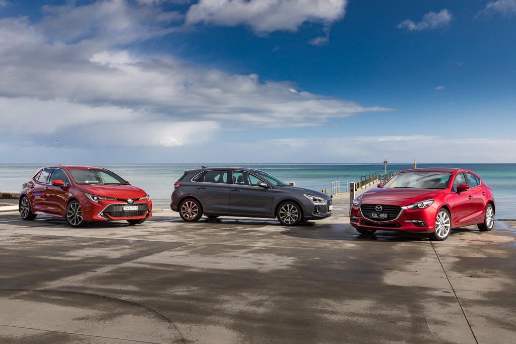 Hyundai i30 v Mazda 3 v Toyota Corolla 2018 Comparison - www