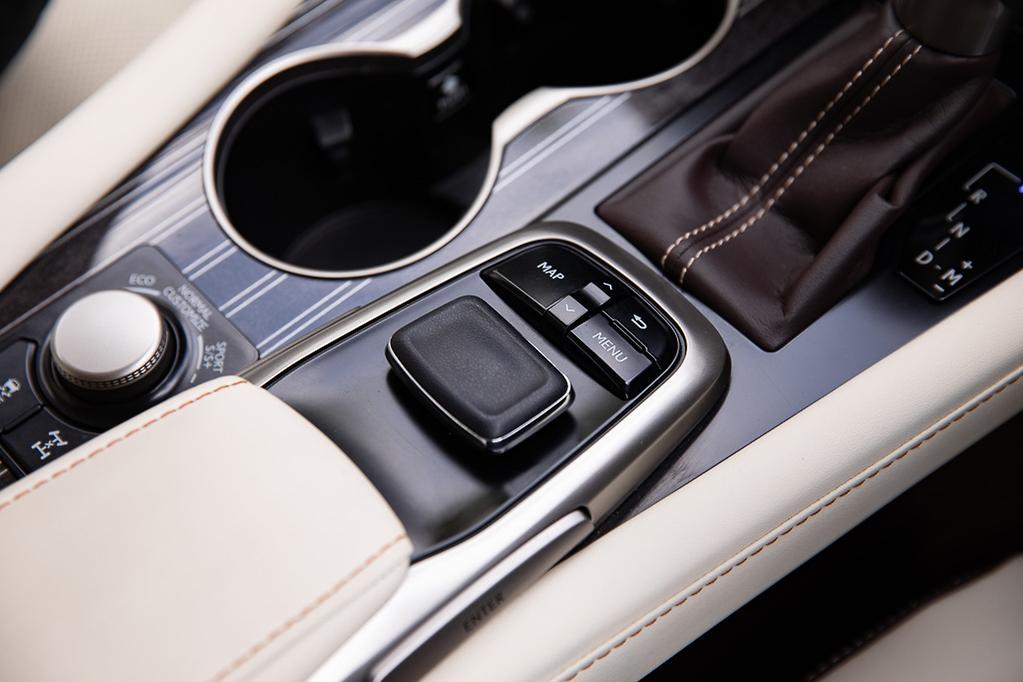 Lexus RX 350L: 2018 Infotainment Review - www carsales com au