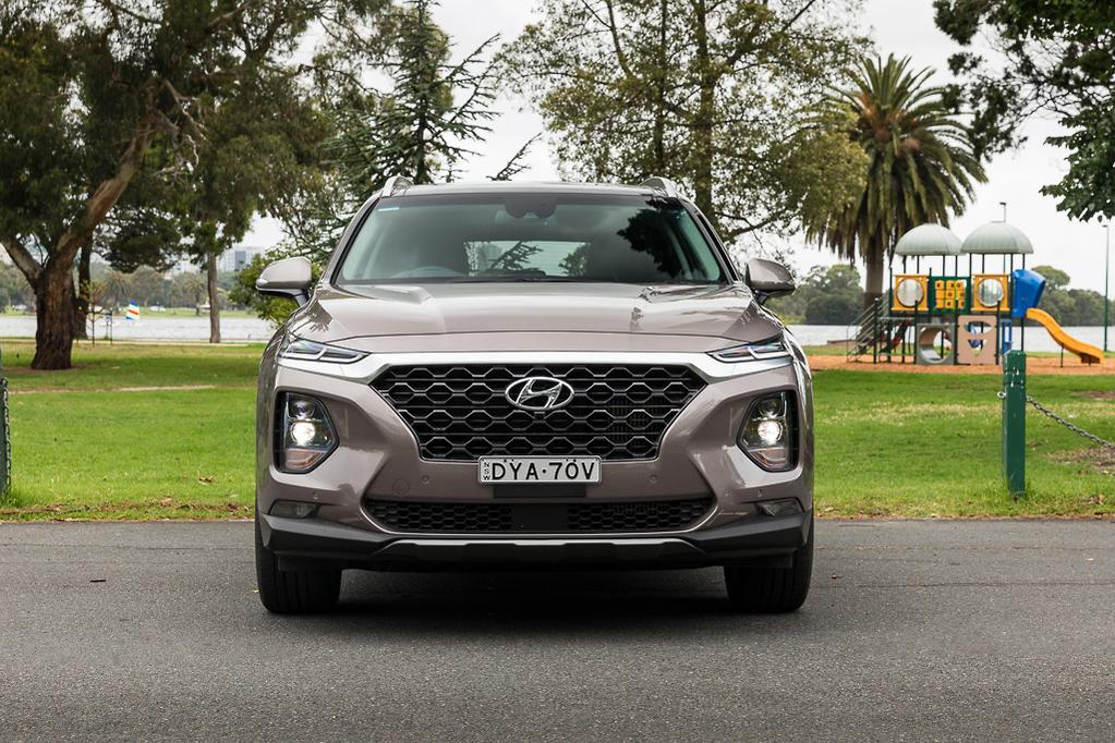 Hyundai Santa Fe Highlander 2018 Review — Long-term test #2