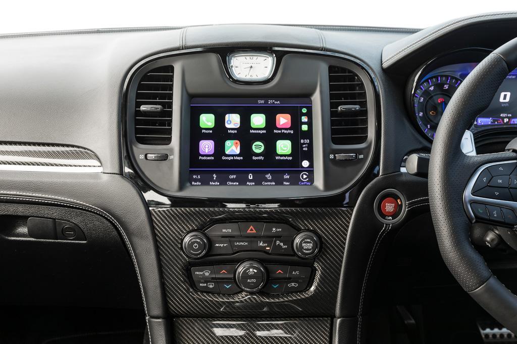Chrysler 300 SRT 2019 Review - www carsales com au