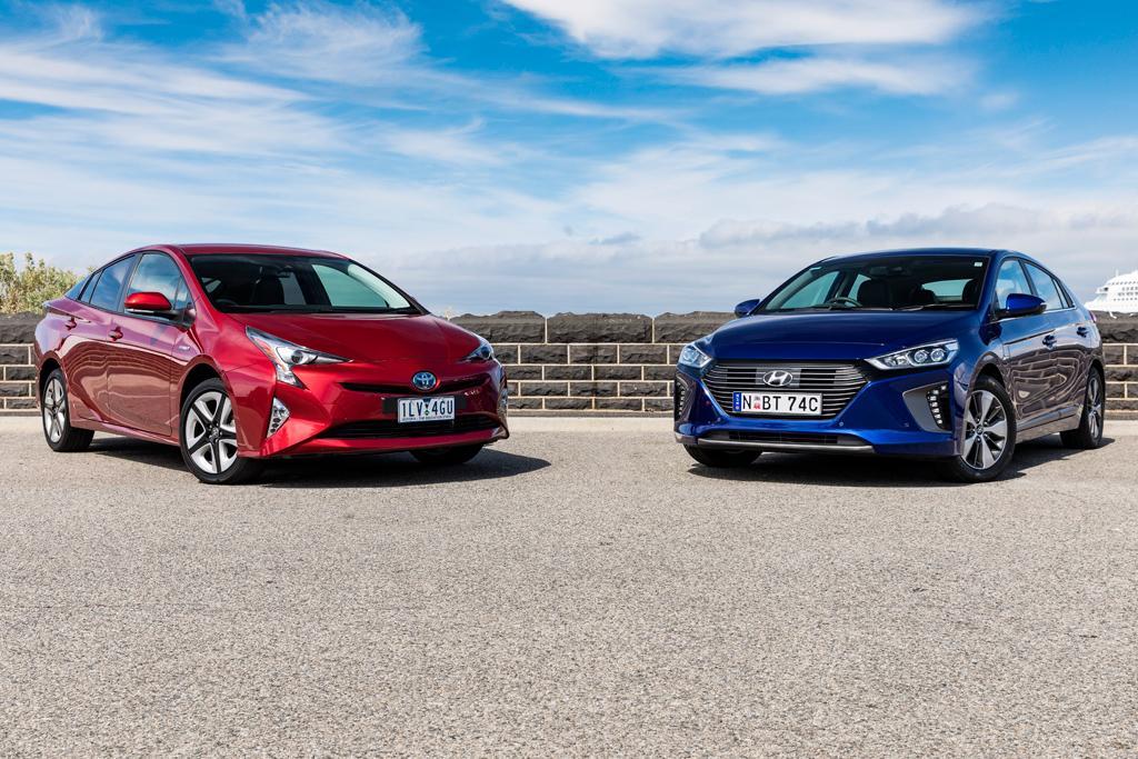 Toyota Prius V Hyundai Ioniq 2019 Comparison